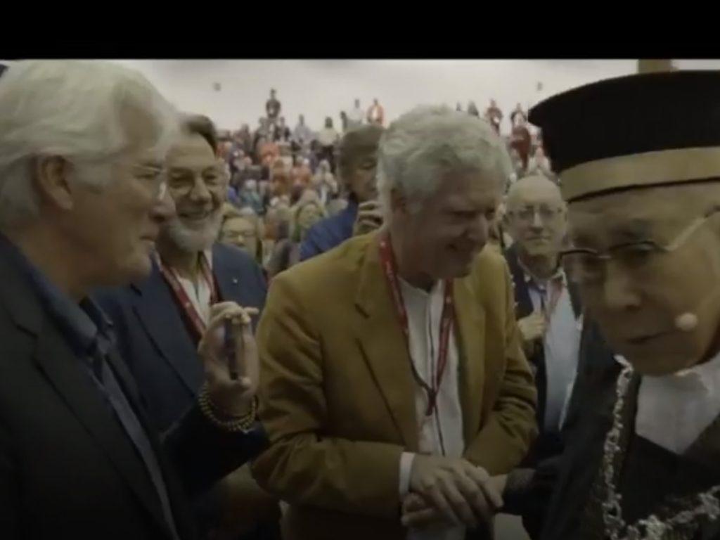 Il Dalai Lama nei giorni scorsi a Pisa e a Firenze