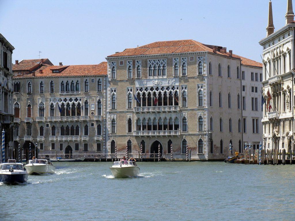 Venezia, 19 aprile - ore 17.30